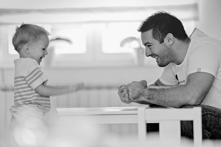 Family photography; father and son